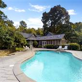 8080   House   Barn   Pool   Parking   Forest