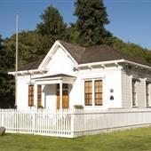 Old Dixie School House