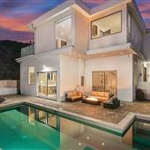Lakeridge Villa