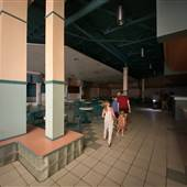 Vacant Mall