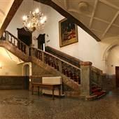 Chiswick Town Hall, Vestibule Hall