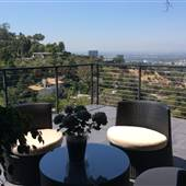 Hollywood Hills 2-Level House with Spectacular Views!