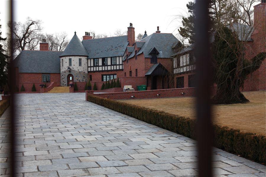 Location Photos Of Reno Mansions