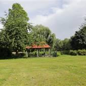 Bishops Park - Fielders Meadow