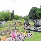 Gunnersbury Cemetery - Main Area