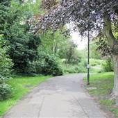 Bishops Park - Moat Garden